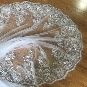 Accessories - Cathedral veil (white)